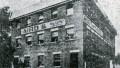 Premier bâtiment de l'usine de chaussures Aird and Son : 916, rue Ontario Est, date inconnue. Photo : Écomusée du fier monde