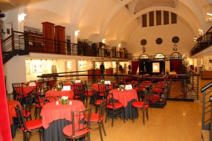 Banquet (tables of 4). Photo: Alexis K. Laflamme, Écomusée du fier monde