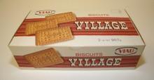 <b>Boîte en carton pour les biscuits Village, vers 1972.</b> Collection Viau, Écomusée du fier monde