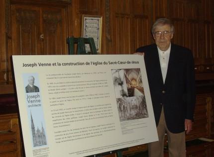 <strong>Unveiling of the memorial plaque about the architect Joseph Venne in Sacré-Cœur-de-Jésus church, in the presence of Michel Venne, 2007.</strong><br />Écomusée du fier monde