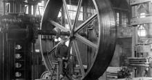 A worker in the Hydraulic Machinery factory, circa 1900. Fonds Hydraulic Machinery, Écomusée du fier monde