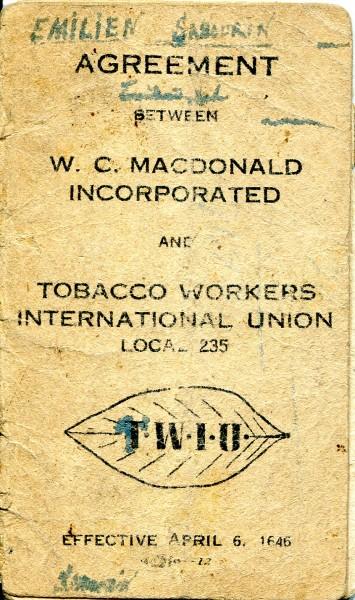 Convention collective ayant appartenue à Émilien Sabourin, 1946. Collection Macdonald Tobacco, Écomusée du fier monde