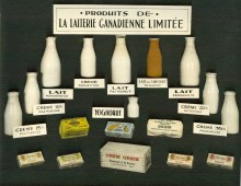 <b>Products of the Canadienne Dairy in 1938.</b> Montréal dairy heritage collection, Écomusée du fier monde