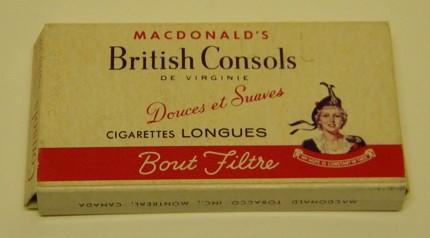 Paquet de cigarettes longues British Consols, date inconnue. Collection Macdonald Tobacco, Écomusée du fier monde