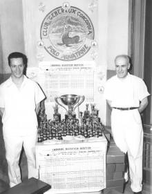 <b>Awarding the trophies, 1955.</b> Photo: Service des Parcs de Montréal, Écomusée du fier monde