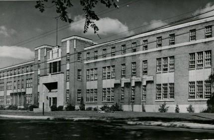 L'Université Saint-Paul. Archives provinciales des Oblats de Marie Immaculée, Richelieu
