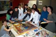 Les femmes lors d'un atelier de création, 2012. Photo : Claude Majeau