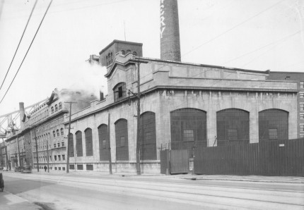 Molson Brewery, Notre-Dame Street, 1936. City of Montreal Archives