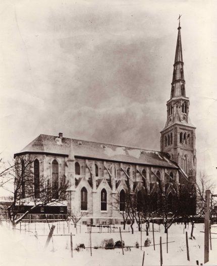 Saint-Pierre-Apôtre Church, circa 1900