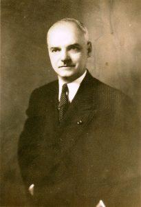 Roméo Parent, fondateur de l'entreprise Familex, 1953. Collection Parent, Écomusée du fier monde
