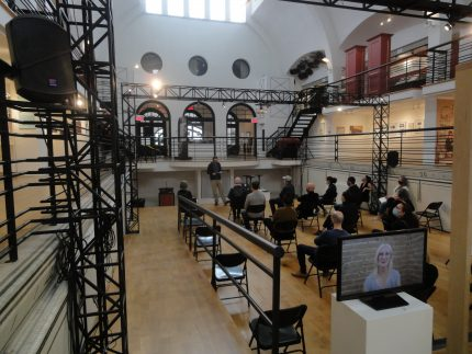 Visite-conférence de l'exposition Les Mystères de la Craig par Pierre-Luc Rivest, commissaire. Écomusée du fier monde, 2021.
